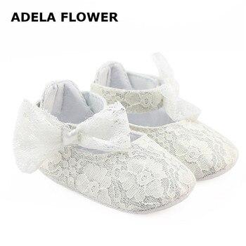 d31716c059 Adela Flor Outono Queda Sapatos Para Bebê Menina Linda Branco Black Lace Bowknot  Infantil Macia Sole Berço Infantil sapatos Para 0-18 m Bebê