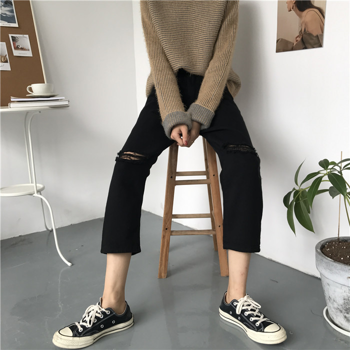 18 Summer Style Black White Hole Ripped Jeans Women Straight Denim High Waist Pants Capris Female Casual Loose Jeans 12