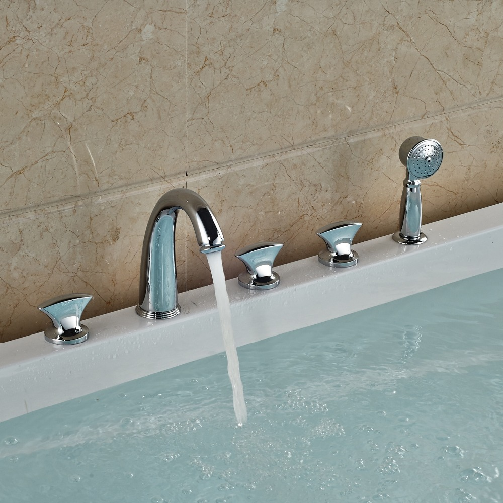 Chrome Finished Bathtub Faucet Deck Mounted Shower Tub Faucet With Hand Sprayer