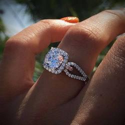 Stil beyaz kristal 925 gümüş yüzük kadınlar için düğün kübik zirkon yüzük moda takı kübik zirkon yüzük lüks marka yüzük