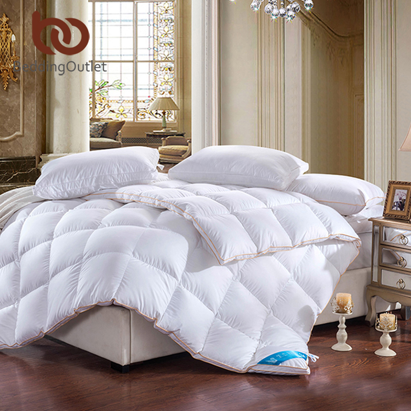beddingoutlet royal comforter goose down feather quilt super soft white qualified duvet queen. Black Bedroom Furniture Sets. Home Design Ideas