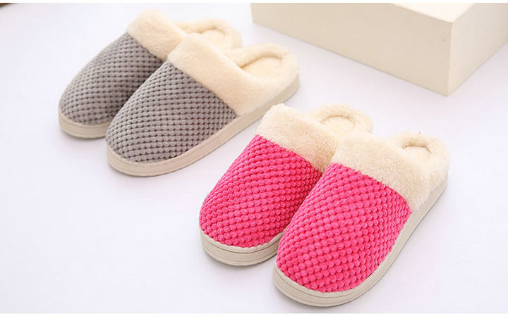 e9838c3f5540 ... Women s Comfort Coral Fleece Memory Foam Slippers Plush Lining Slip-on Clog  House Shoes for ...