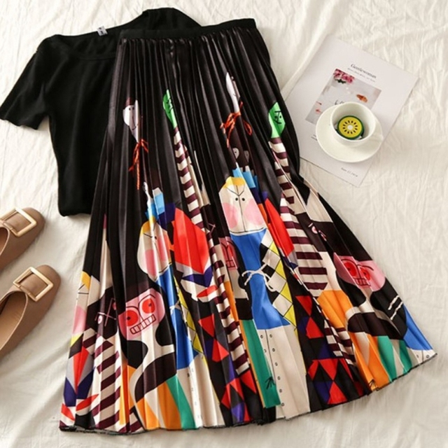 2019 Summer Women Long Pleated Skirt Plus Size Cartoon Print White Black Pleated Skirt Elastic Casual High Waist Skirt 3