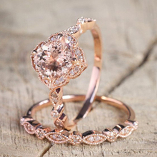 2 Pcs/Set Classic Round Cut Rings For Women Rose Gold Cubic Zircon Crystal Ring Set For Wedding Engagement Jewelry Women's Rings new arrival fashion 2 pcs set rose gold rings set white crystal oval ring for women anniversary engagement ring jewelry gifts