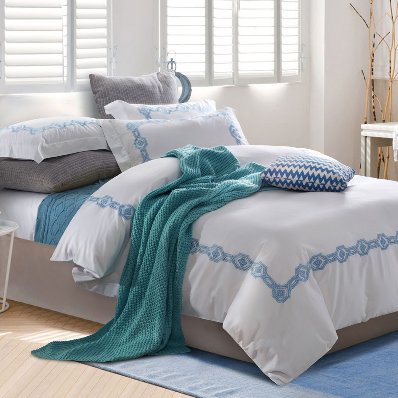 ②100% algodón de lujo bordado azul lecho, housse de couette