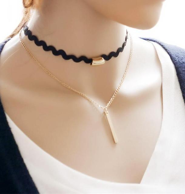 The Jewelry Necklace Choker...