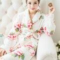 2016 Invierno Cachemir Coral Pijamas Robe Amantes ropa de Dormir de Franela de Lana Coral Albornoces Batas Mujeres Espesan Albornoces A546