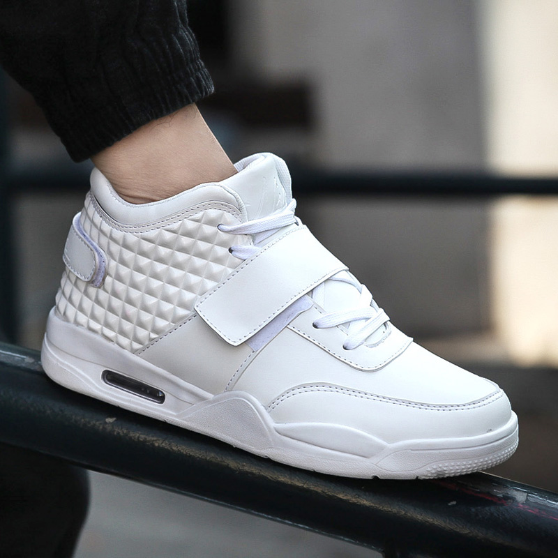 Women and men Sneakers   new stylish  Casual Breathable trainers  shoes