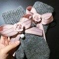 1 Пара 2016 Новый Фьюжн Девушки Дамы Элегантный Розовый Полосатый Перл Лук Ручной Перчатки Толстый Теплый Подарок для Девочек