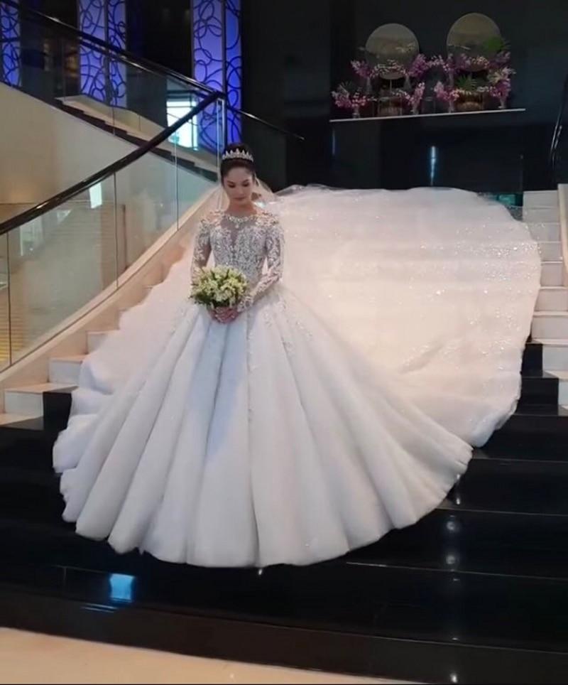 Vestido De Noiva Ensotek Crystal Lace Wedding Dress 2019 Ball Gown Dubai Arabic Muslim Wedding Gown