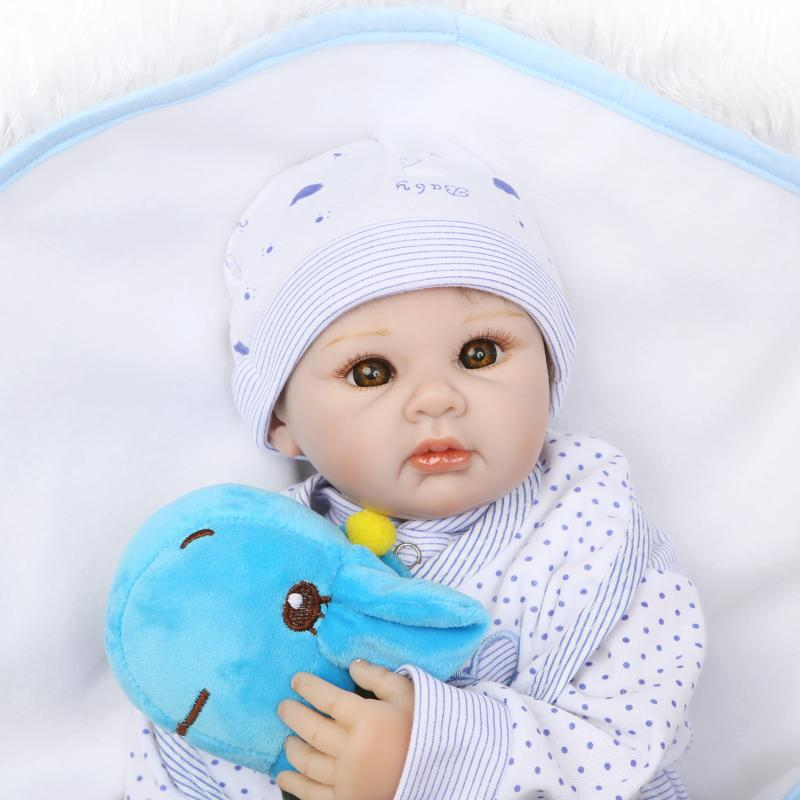 New reborn toys 55cm soft silicone reborn baby dolls for child gift bebe alive newborn baby with clothes girls gifts bonecas цена