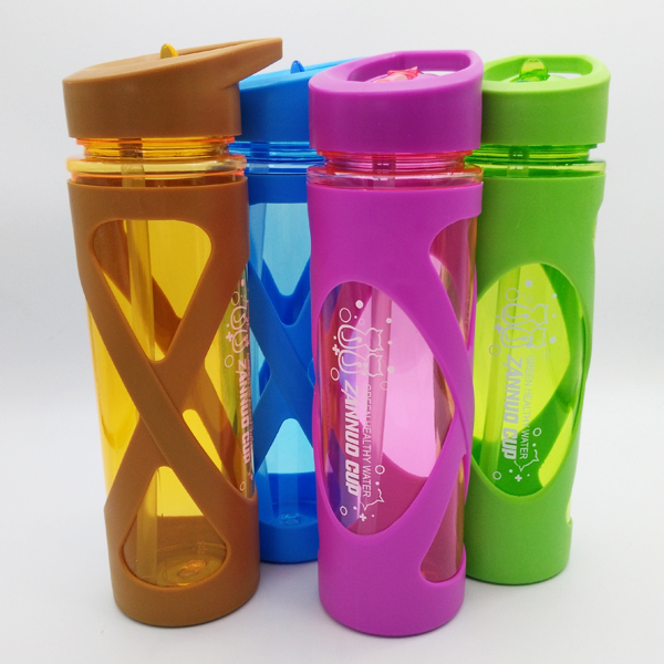 Sports Water Bottle With Plastic Sleeve Anti Hot Eco-friendly Straw Drink Shaker