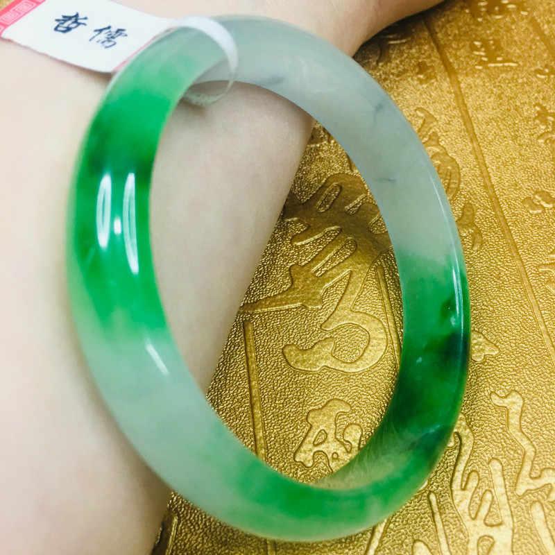 ส่งใบรับรองธรรมชาติ Jadeite สร้อยข้อมือแกะสลักน้ำแข็งสีเขียวด้านล่าง 54-61 มม. สี elegant ผู้หญิงสร้อยข้อมือเครื่องประดับของขวัญ