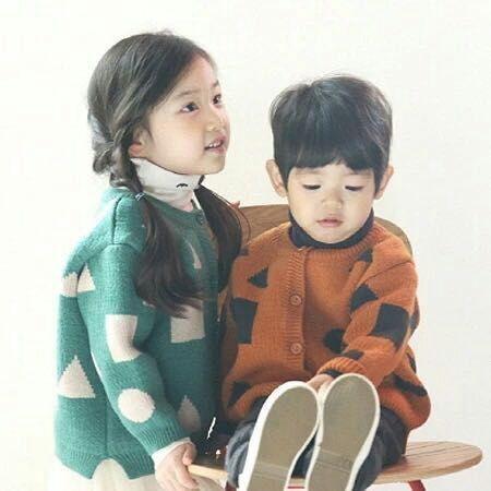 Navidad suéter niños niños chaquetas chicas invierno caliente grueso lindo suéteres de moda Triángulo Dot Square bebé prendas de punto prendas de vestir exteriores