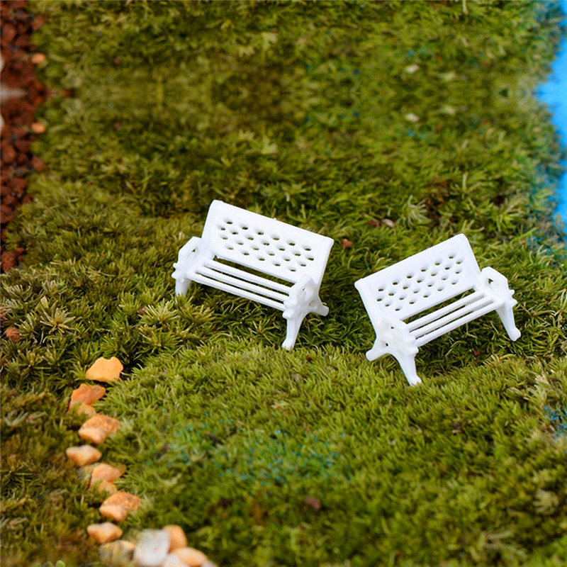 2pcs/Set Handmade Vintage White Garden Park Long Chairs Dollhouse Miniature Metal Wooden Miniatures Kids Toys Dolls Accessories