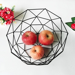 Creative Fruit Snacks Candy Basket Desktop Bedroom Kitchen Fruit Basket Decorations European iron Hollow Black Storage Basket