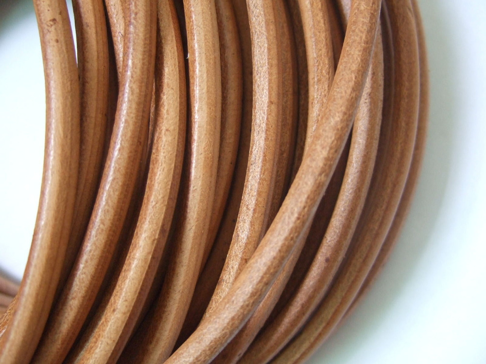 1 Meters High Quality 5mm Round Genuine Natural Leather Cord String Lace Tong Jewellery Making