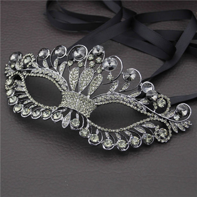 Black Crystal Mask for Women Halloween Half Face Ribbon Sexy Party Prom Pageant Masquerade Metal Mask Jewelry for Wedding