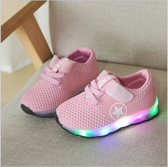 2018 New Arrival Luminous Sneakers Glowing Shoes with Light Shoes for Boys Breathable Air Mesh Soft Sole zapatos de luces2018 New Arrival Luminous Sneakers Glowing Shoes with Light Shoes for Boys Breathable Air Mesh Soft Sole zapatos de luces