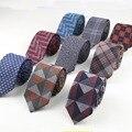 Mens macios Moda Verificação do Diamante Artificial Lã de Algodão Listrado Homens de negócios Pequenos Laços Gravatas finas Gravata Designer de Cor Escura