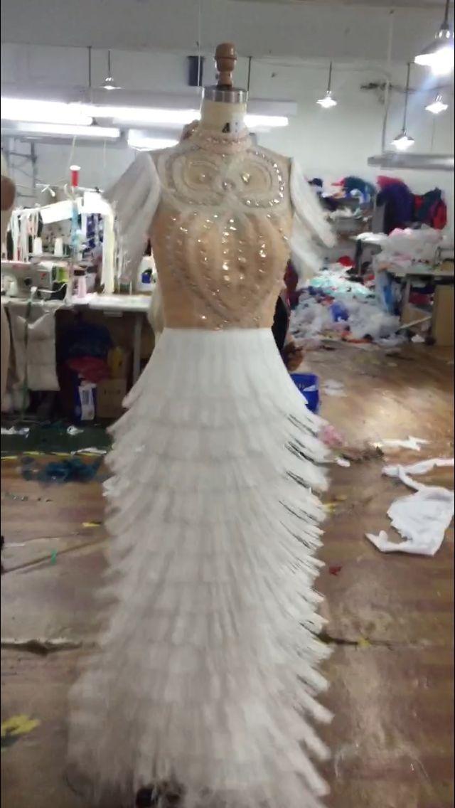 Rosa quente ilusão branco sereia vestidos de