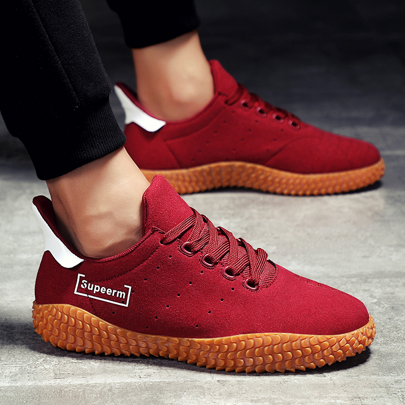 Man Vulcanized Shoes Red Shoes Anti Sneakers Leisure Sapato Masculino Personality Footwear Lightweight Loafers Shoes