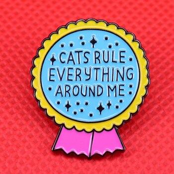 Gatos rule todo esmalte pin crema gato broche girasol lindo pins animal insignia regalo para los amantes de las mascotas chaqueta mujer mochila accessor