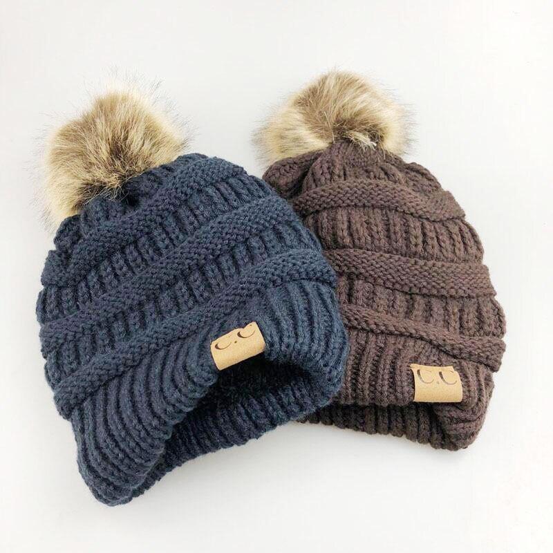 Pompon Winter Hats For Women CC Logo Warm Knitted Skullies Plus Velvet Beanies Outdoor Ski Cap Mens Bonnet Stocking Hats