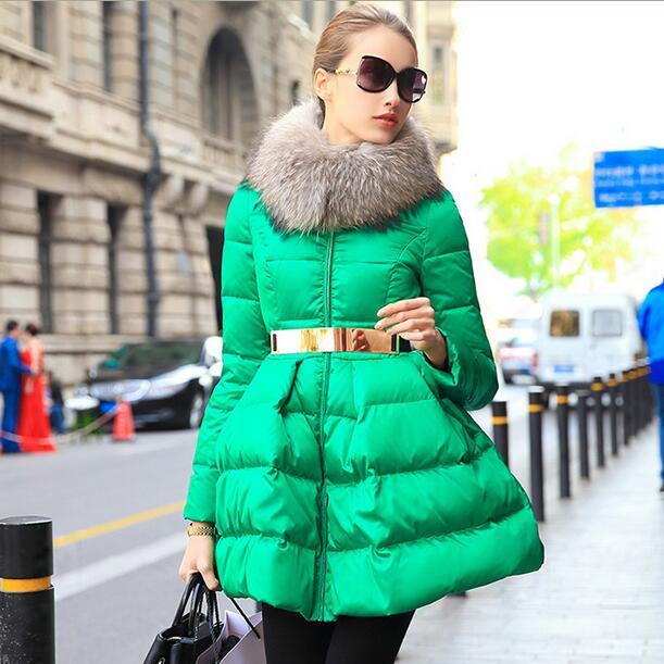 2018 Type de jupe col en fourrure doudoune femmes 90% blanc canard veste couleur unie avec ceinture Slim Parka hiver pardessus T506-in Doudounes longues from Mode Femme et Accessoires    1