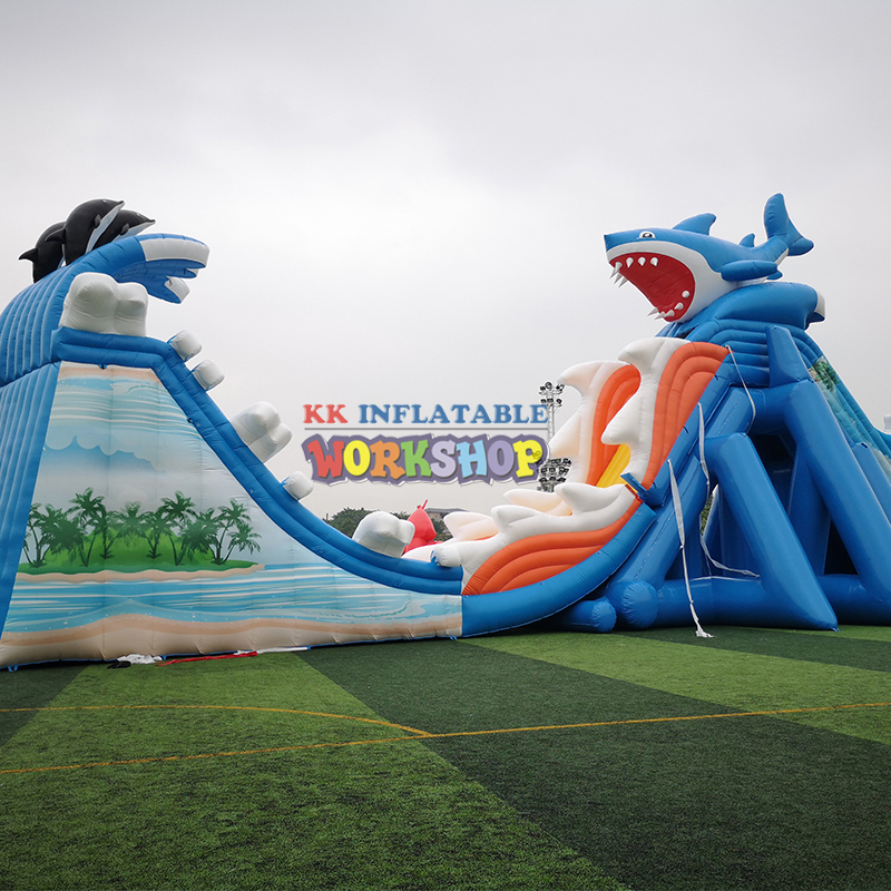 China Style Commercial Inflatable Dragon Water Slide Combo Long Water Slide With Landing Pool