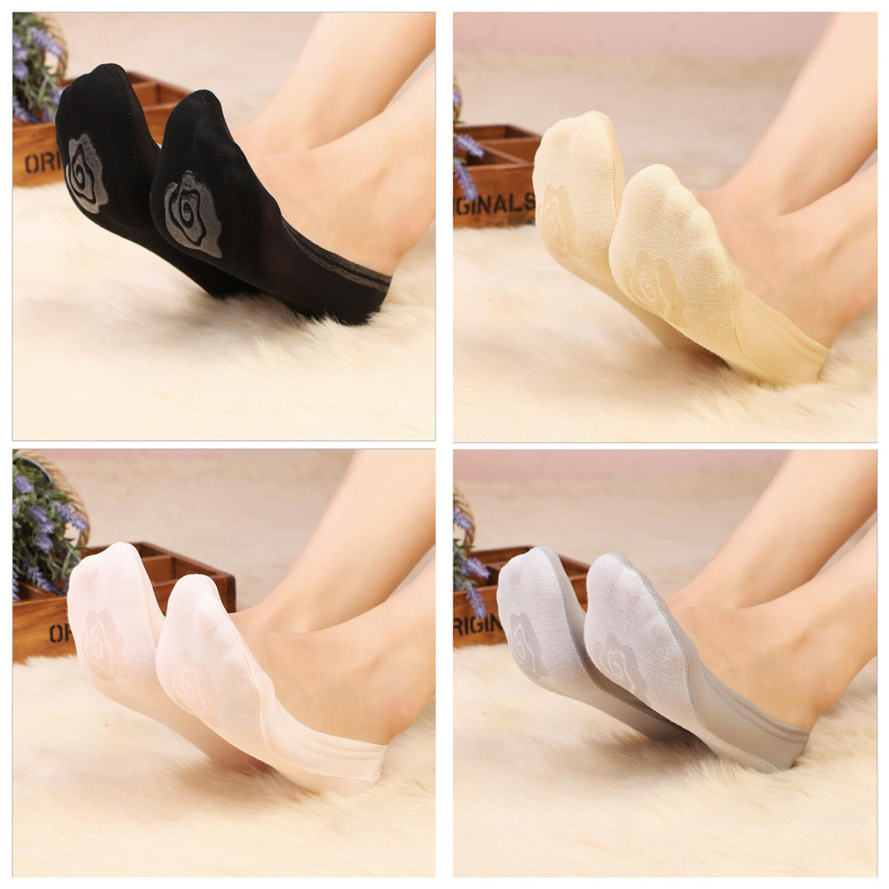 New shallow mouth ice silk boat   socks   women can not see the boat   socks   non-slip flower bottom   socks
