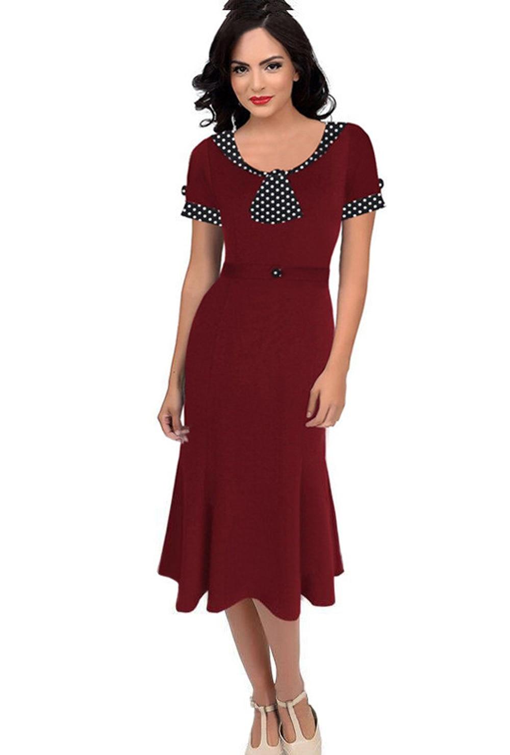 Model Vintage Women Dress