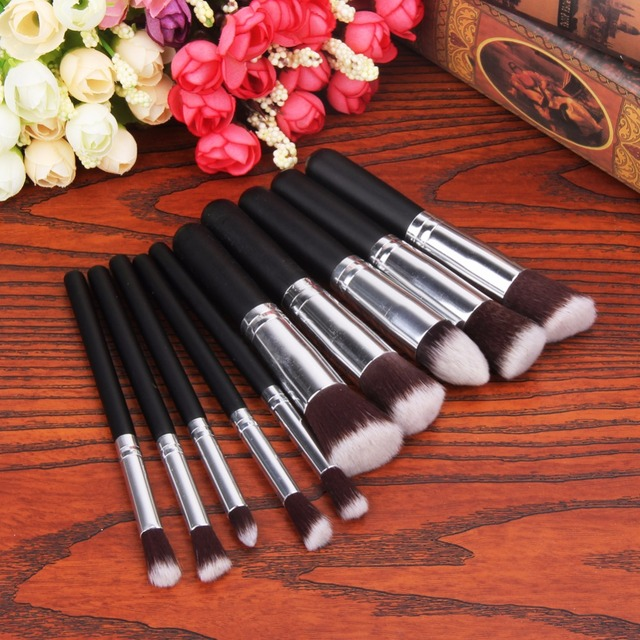 10Pcs/Set Professional Makeup Powder Brush Set Black Handle Cosmetic Round Flat Foundation Blush Contour Eyeshadow Brushes Tools