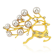 Women Brooch Vintage Corsage Lapel Pin Retro Deer Brooches Collar Simulated Pearl Pin Wedding Brooch XZ