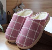 Neue 2016 Indoor hause hausschuhe frauen winter slipper und chinelos fleece paar pantoffel hause gitter flush warming hausschuhe plüsch