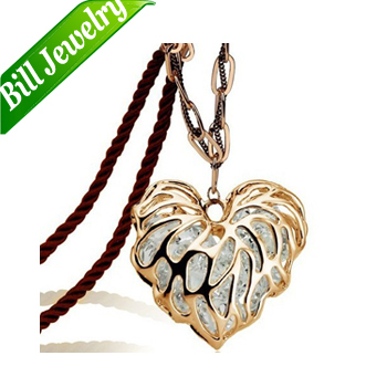 Updated Version 18KGP Zircon Crystal Heart Necklace 18K Gold Plated Leave Pendant Necklace Jewelry 2 colors