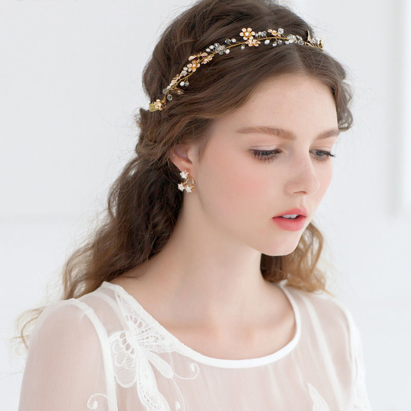 Short Hairstyle For Join Wedding: Dower Me Handmade Gold Flower Adjustable Bridal Headband