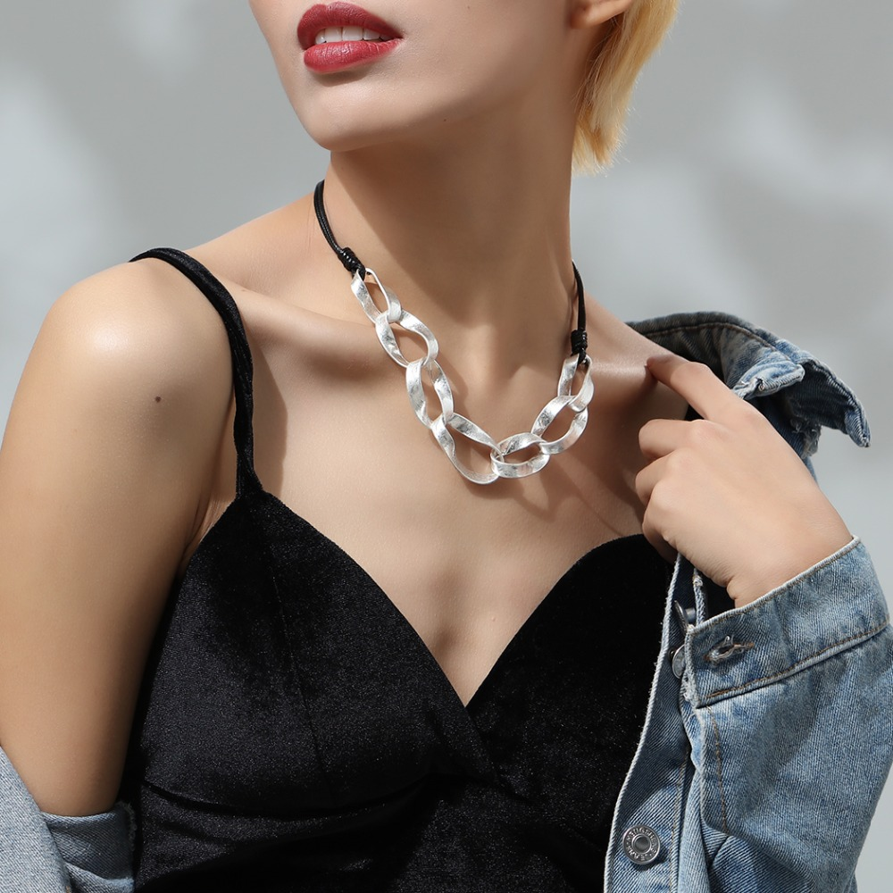 Women Jewelry Black Chokers Necklace with Silver Pendant necklaces pendants collares mujer colar choker 2018 in Pendant Necklaces from Jewelry Accessories