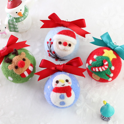 DIY Needle Felting Materail Package (with tools) for Christmas Ball Decoration Hand Spinning Fun Doll Needlework Raw Crafts