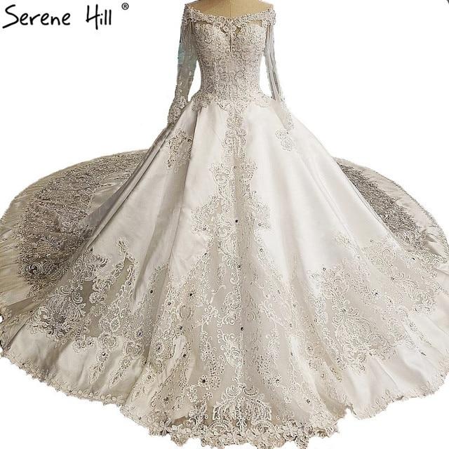 White Vintage High-end Lace Train Wedding Dresses Luxury Long Sleeve Diamond  Pearls Bridal Dress 2018 Vestido De Noiva 905b8872434b