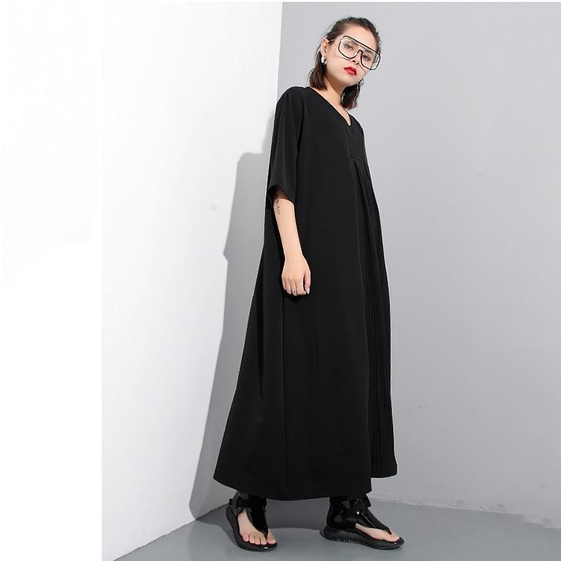 SHENGPALAE 2018 New Summer Round Neck Shor Sleeve Black Loose Long Pleated Split Joint Loose Dress Women Fashion Tide JF576