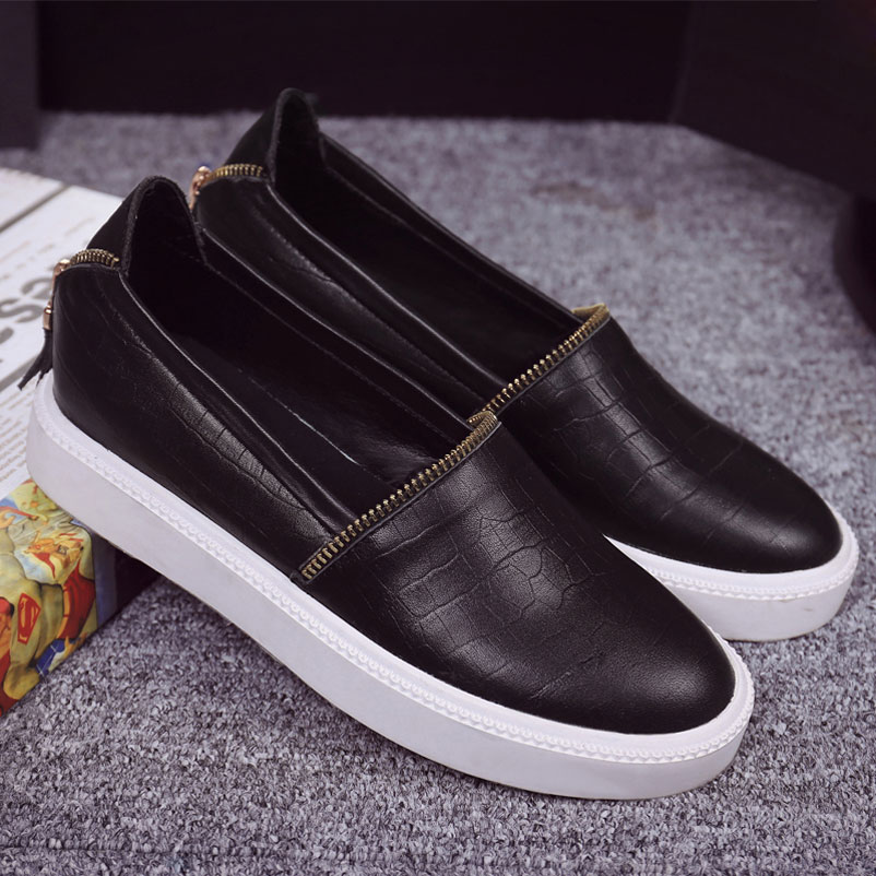 ФОТО Women Luxury brand Loafer Shoes Woman 2017 Genuine Leather Loafers Fashion Chains Footwear Casual Women Luxury Drop Shipping