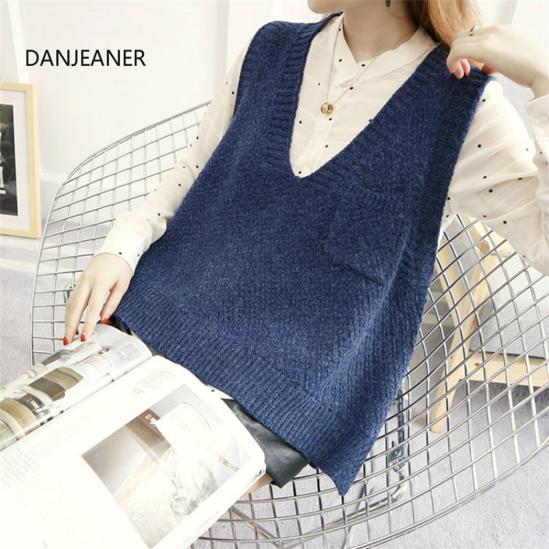 DANJEANER Korean Style Autumn Winter Sleeveless Short Sweaters Vest Women Fashion Knitted Pullover With Pockets V Neck Jumpers