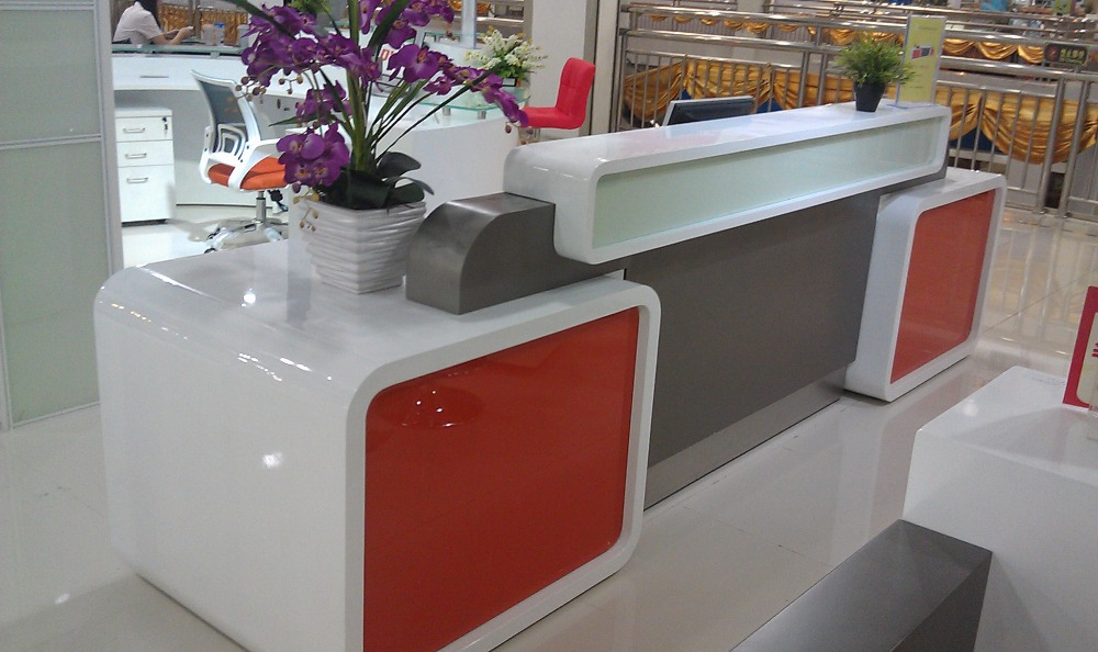 Restaurant  Bank  Tanning Salon  Glass Reception Desk  Countertop  Furniture With Stainless Steel  ComponentsQ3507