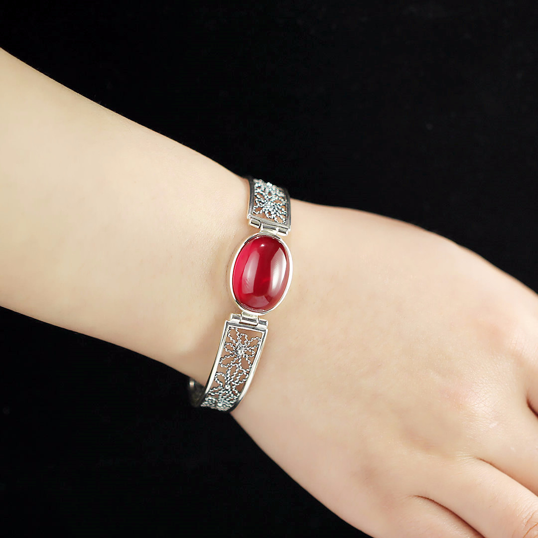 S925 pure silver ornaments Thai silver ms original design pure manual hollow out red corundum bracelet simple geometric ripple hollow out pure color cuff bracelet for women