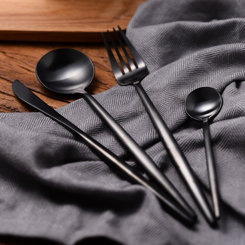 4 pieces black gold cutlery set 18 10 stainless steel flatware set matte knives forks spoons. Black Bedroom Furniture Sets. Home Design Ideas