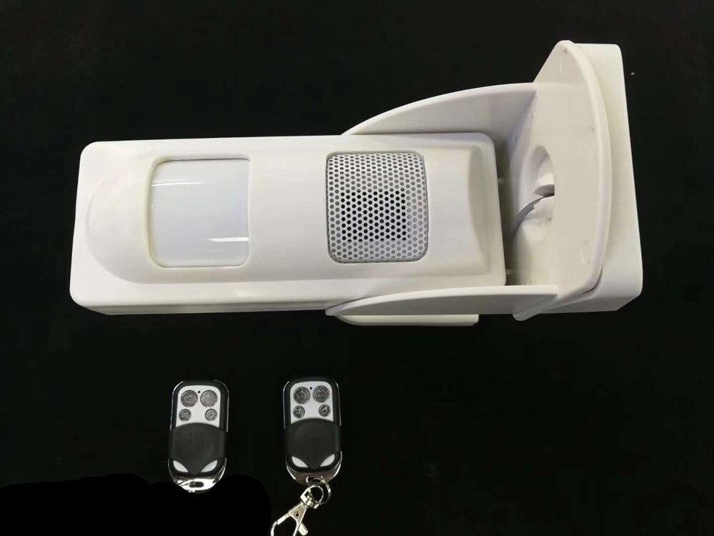 Outdoor Impermeabile Solare Sistema di Allarme Pet Immune PIR Sensore Promemoria (Suono e Flash quando L'allarme) + 2 pz Telecomando Specif