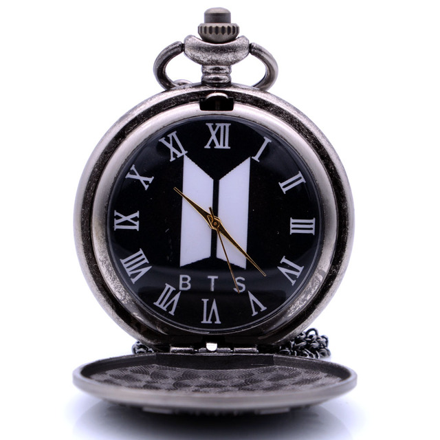 2018 Antique Vintgae BTS Quartz Pocket Watch Necklace Pendant Christmas Gift Clo