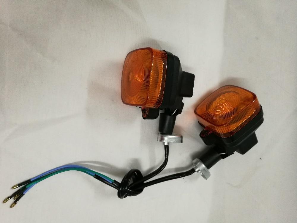 NOVÝ motocykl CG125 CBT po světelně oranžových indikátorech směru