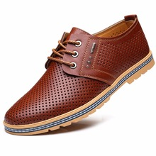 2017 D'été De Mode Hommes En Cuir Décontractée Chaussures Respirant Bas Zapatos Hombre Loisirs Bout Rond Mâle Creux Chaussures 6723